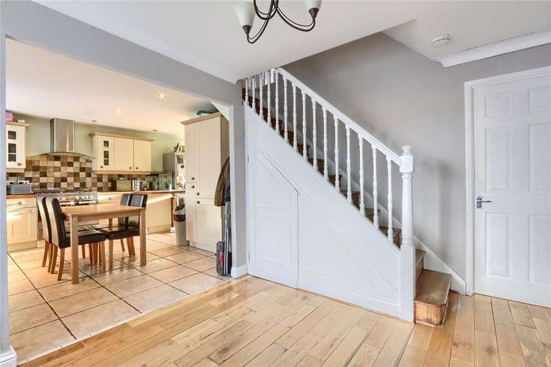 3 Bedrooms End Of Terrace House for sale in Northleach Drive, Hemlington