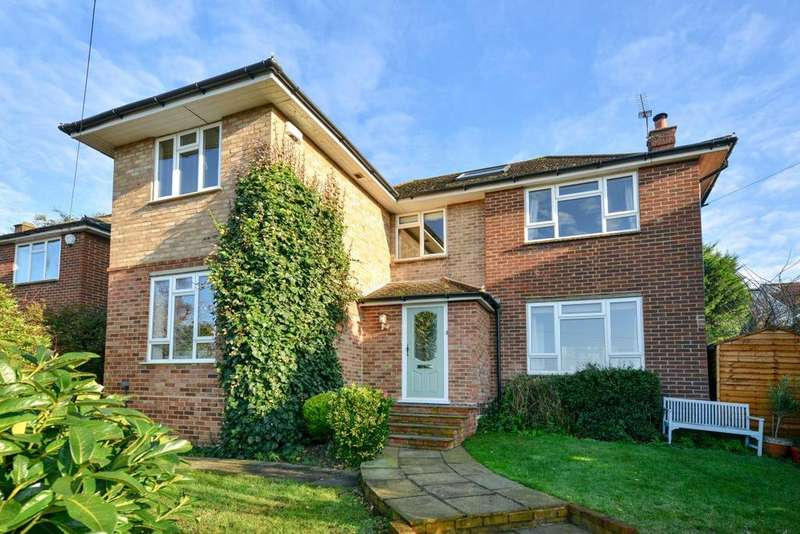 3 Bedrooms Detached House for sale in Madeira Avenue, Bromley, BR1
