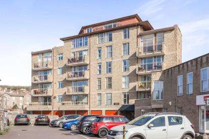 2 Bedrooms Flat for sale in Boulevard, Weston Super Mare, Somerset