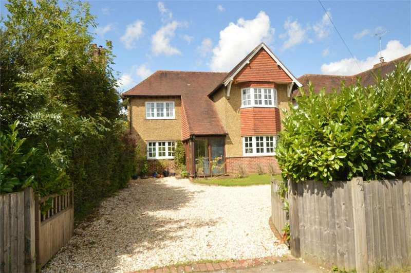 4 Bedrooms Detached House for sale in London Road, PETERSFIELD, Hampshire