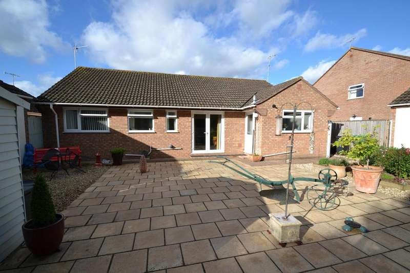 2 Bedrooms Bungalow for sale in Dovetons Drive, Williton