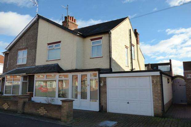 4 Bedrooms Semi Detached House for sale in Talbot Road, Skegness, PE25