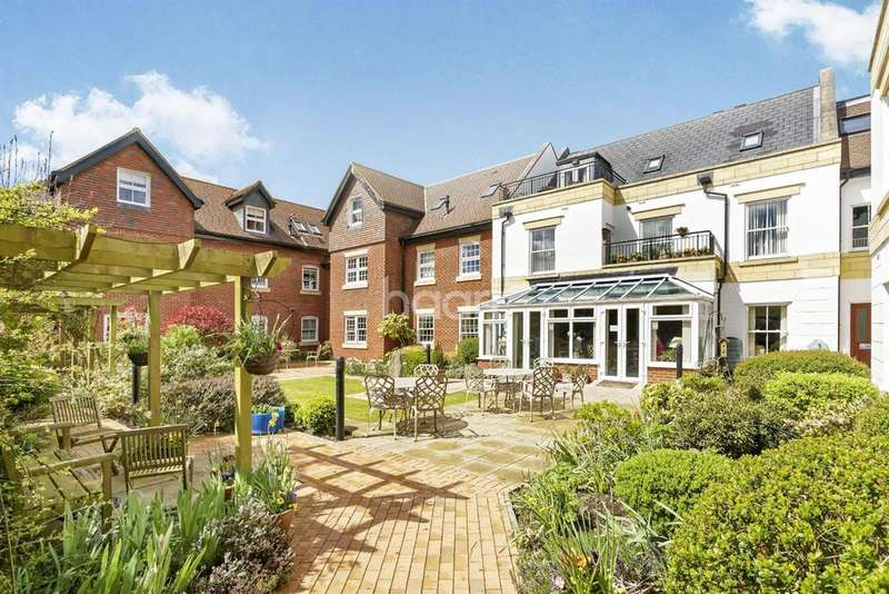 1 Bedroom Flat for sale in PENN HOUSE