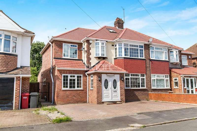 4 Bedrooms Semi Detached House for sale in The Glen