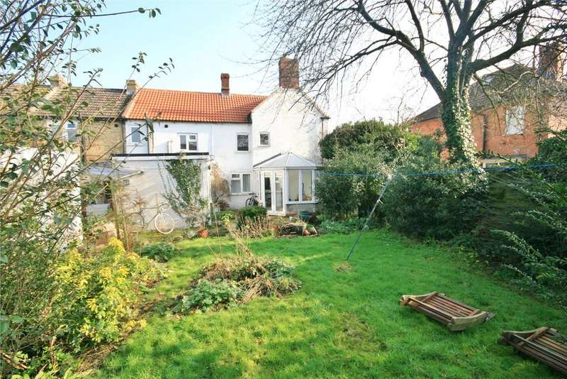 3 Bedrooms Semi Detached House for sale in Silver Street, Ruskington, NG34