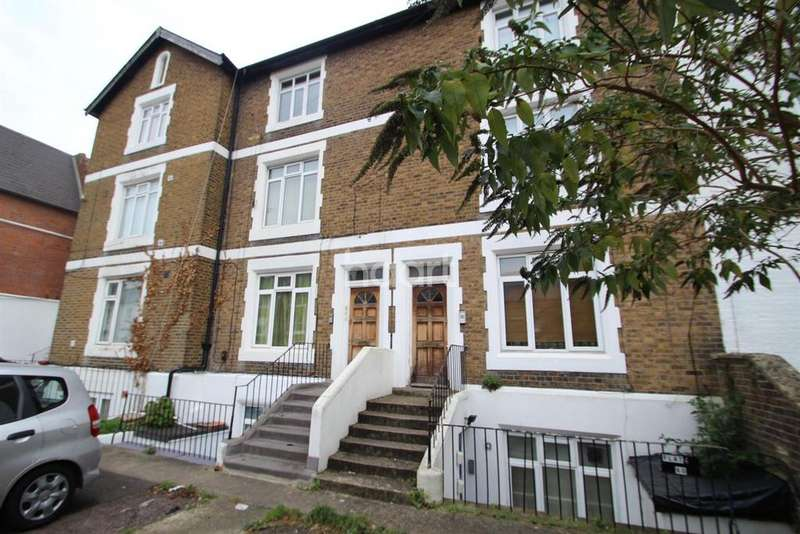 1 Bedroom Flat for sale in Hencroft Street South