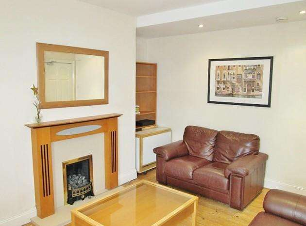5 Bedrooms Maisonette Flat for sale in Kelvin Grove, Sandyford, Newcastle Upon Tyne
