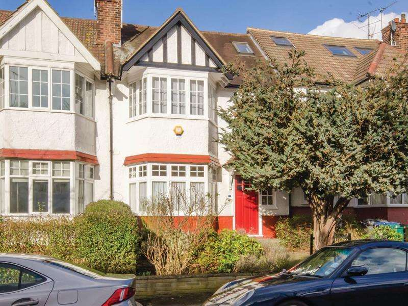 4 Bedrooms Terraced House for sale in Cherry Tree Road, N2