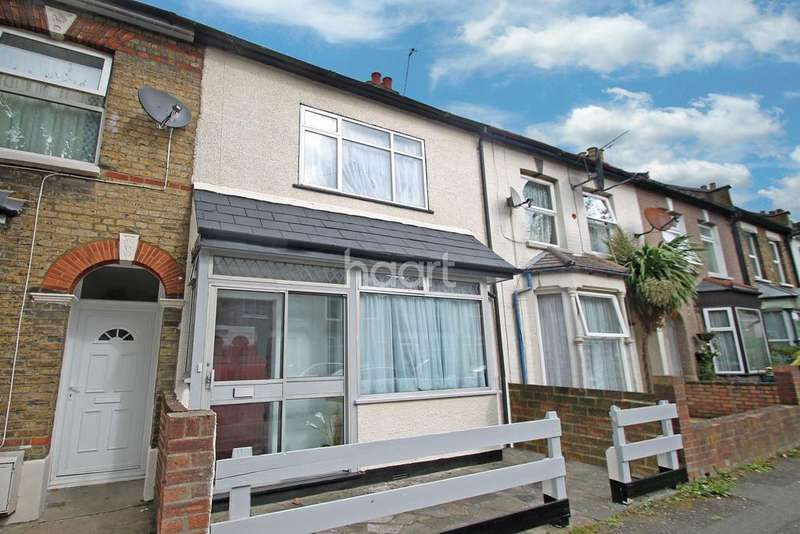 3 Bedrooms Terraced House for sale in Gloucester Road
