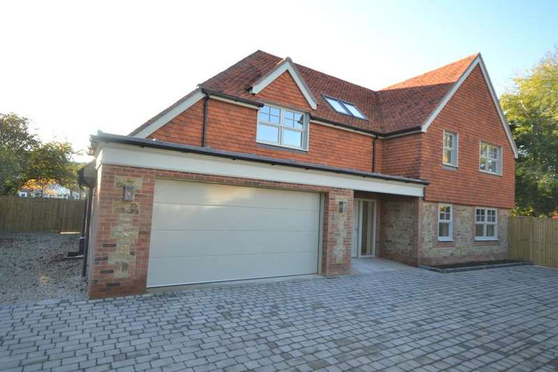 5 Bedrooms Detached House for sale in Bosham Lane, Bosham