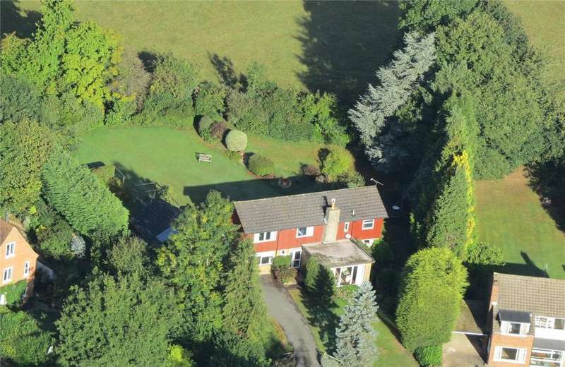 4 Bedrooms Detached House for sale in Orchard Way, Cranbrook, Kent, TN17