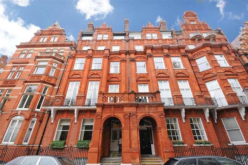 2 Bedrooms Flat for sale in Cadogan Square, Knightsbridge, London