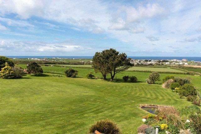 4 Bedrooms Detached House for sale in Trenale, Tintagel, Cornwall, PL34