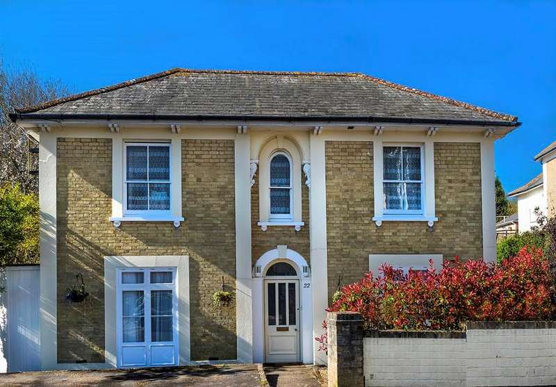 7 Bedrooms Detached House for sale in Grange Road, Shanklin