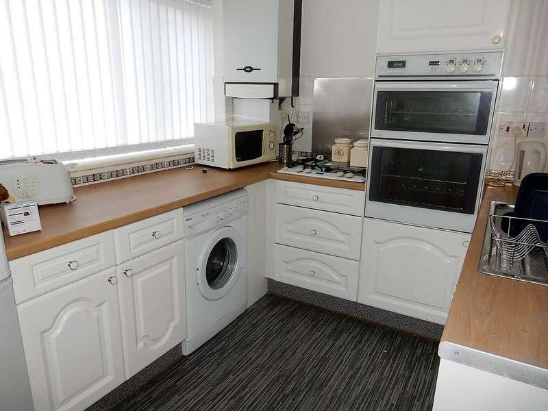 2 Bedrooms Ground Flat for sale in High Harrington, Workington