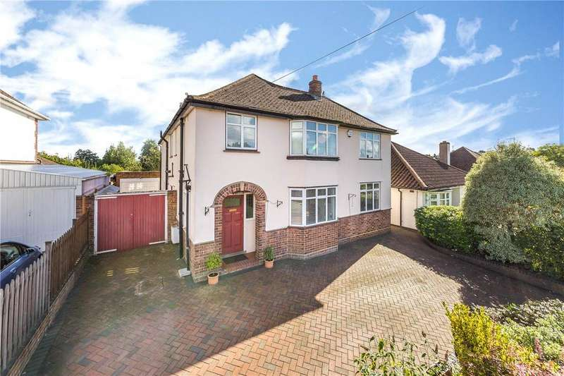 5 Bedrooms Detached House for sale in Piggottshill Lane, Harpenden, Hertfordshire