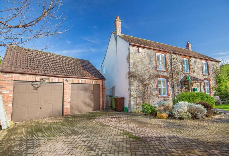 3 Bedrooms Detached House for sale in Daniels Lane, Easton, Wells