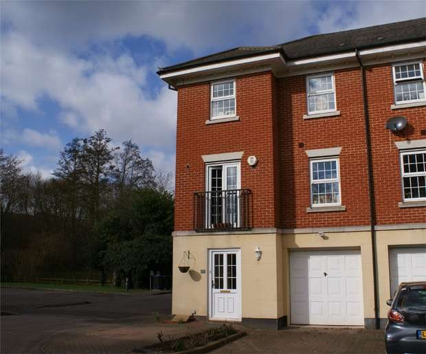 4 Bedrooms End Of Terrace House for sale in Bittern Close, Nash Mills, Hemel Hempstead, Hertfordshire