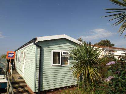 1 Bedroom Detached House for sale in North Roskear, Camborne, Cornwall