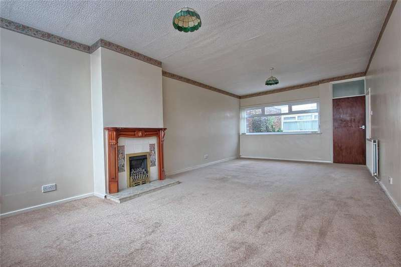 2 Bedrooms Bungalow for sale in Wincanton Road, Redcar