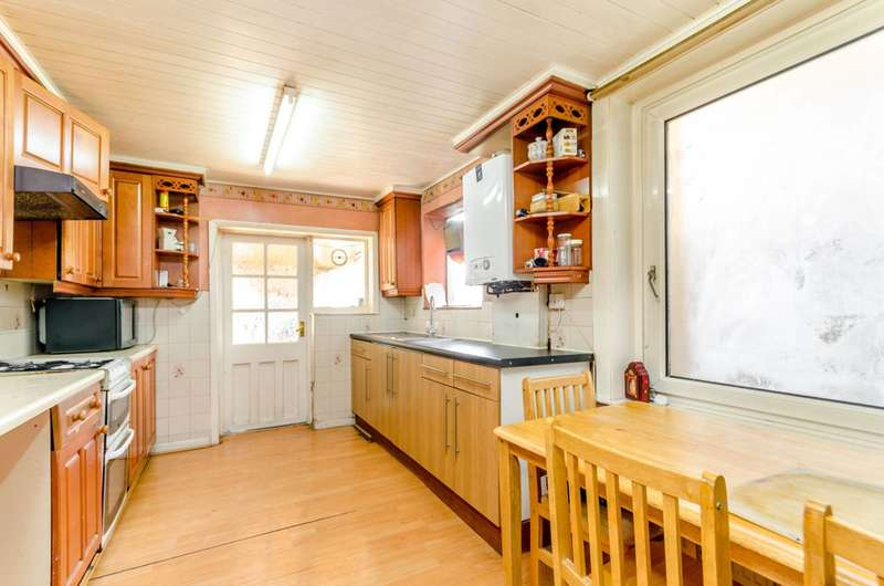 4 Bedrooms House for sale in Cotford Road, Thornton Heath, CR7