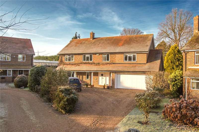 5 Bedrooms Detached House for sale in Ospringe Place, Faversham, ME13