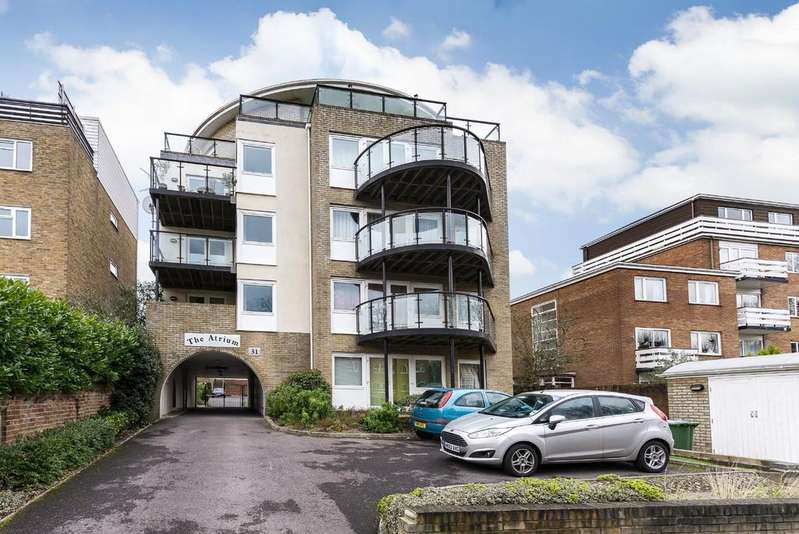 2 Bedrooms Ground Flat for sale in Westwood Road, Portswood, Southampton