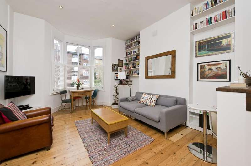 2 Bedrooms Flat for sale in Gratton Road, Brook Green W14