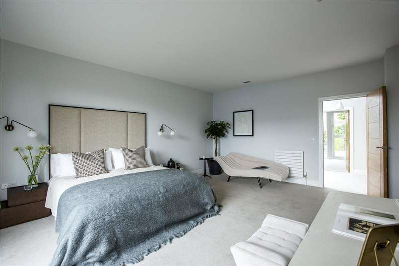 3 Bedrooms Penthouse Flat for sale in N17 Woodcroft, 1 Woodcroft Road, Edinburgh, Midlothian
