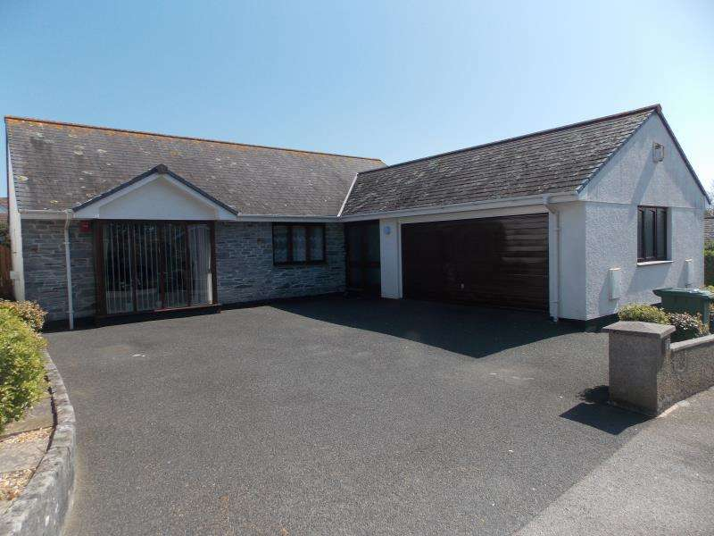 4 Bedrooms Detached Bungalow for sale in Derowen Drive, Hayle