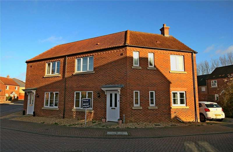 3 Bedrooms Semi Detached House for sale in Peregrine Place, Bourne, PE10