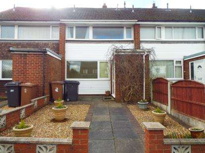 3 Bedrooms Semi Detached House for sale in Hayfield Close, Hoghton, Preston