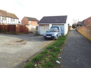 Detached House for sale in Keelson Way, Littlehampton, West Sussex