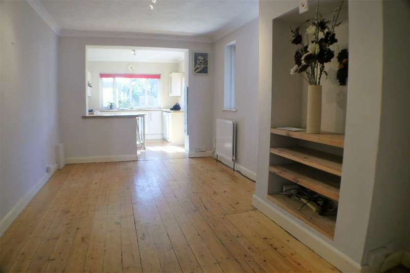 4 Bedrooms Apartment Flat for sale in Church Road, Tarring Village