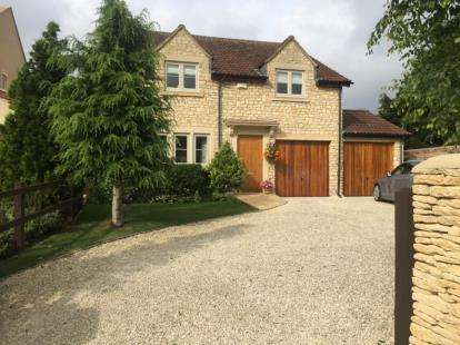 4 Bedrooms Detached House for sale in Ashton Road, Hilperton, Trowbridge, Wiltshire