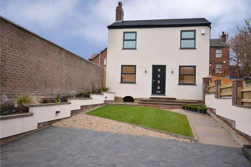 3 Bedrooms Detached House for sale in High Street, Kippax, Leeds, West Yorkshire