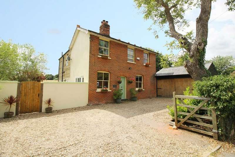 5 Bedrooms Detached House for sale in Honey Tye, Leavenheath, Colchester, Suffolk, CO6