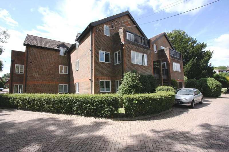 1 Bedroom Retirement Property for sale in Oakwood Park, Forest Row, East Sussex, RH18