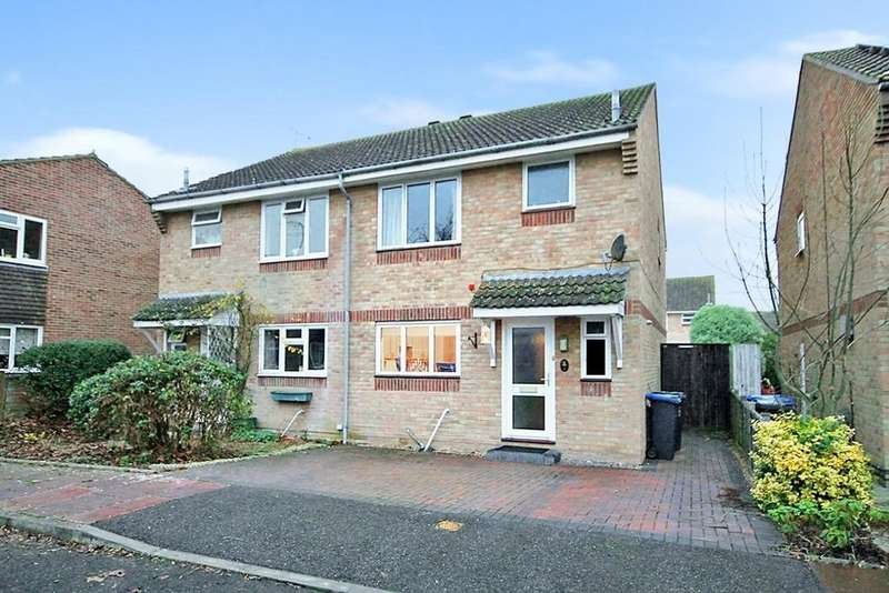 3 Bedrooms Semi Detached House for sale in Chippers Walk, Tarring, Worthing BN13 1DW