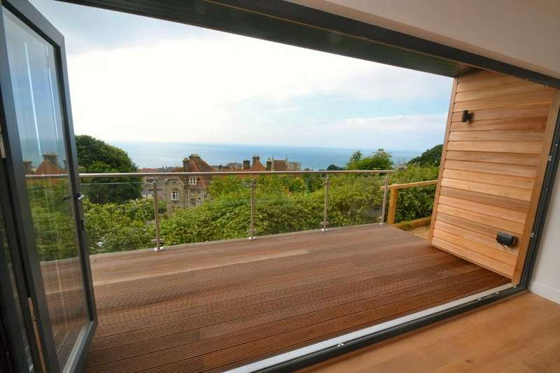 2 Bedrooms Detached Bungalow for sale in Southgrove Road, Ventnor