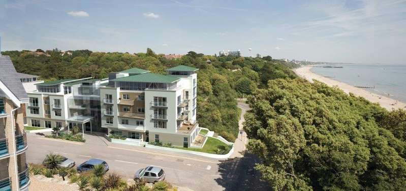 3 Bedrooms Apartment Flat for sale in BOURNEMOUTH