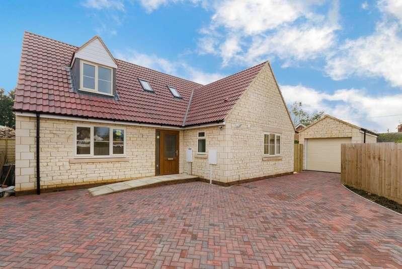 4 Bedrooms Detached Bungalow for sale in Edenham Road, Hanthorpe, Bourne, PE10