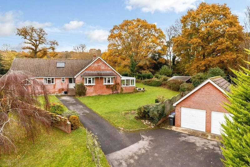 3 Bedrooms Detached Bungalow for sale in Snow Hill, Dinton, Salisbury, Wiltshire, SP3