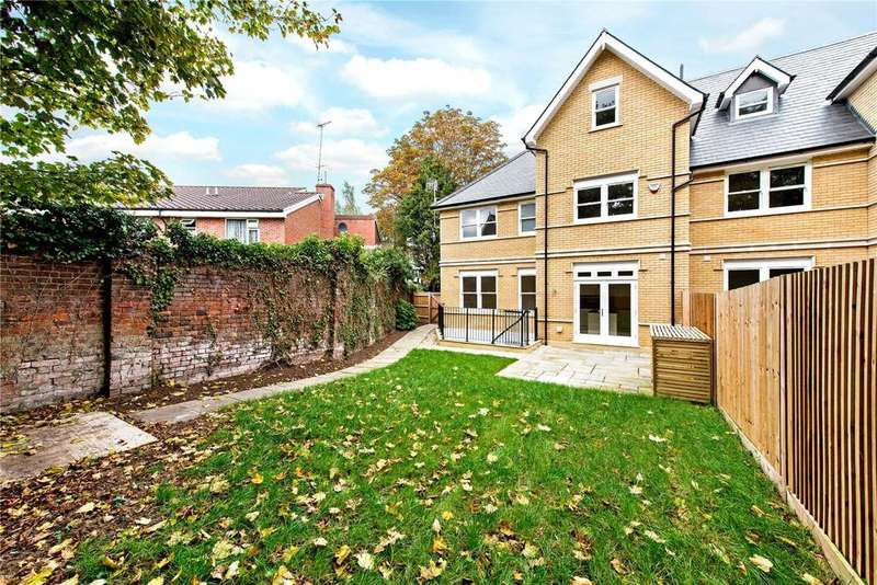 5 Bedrooms Semi Detached House for sale in Church Road, Watford, Hertfordshire, WD17