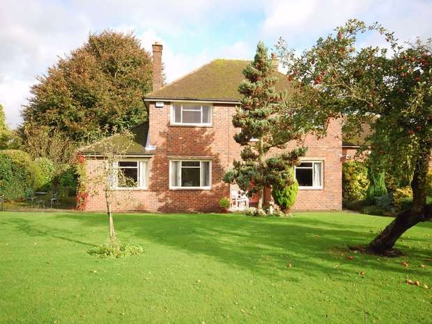 5 Bedrooms Detached House for sale in Pilgrims Way West, Otford, Sevenoaks, Kent
