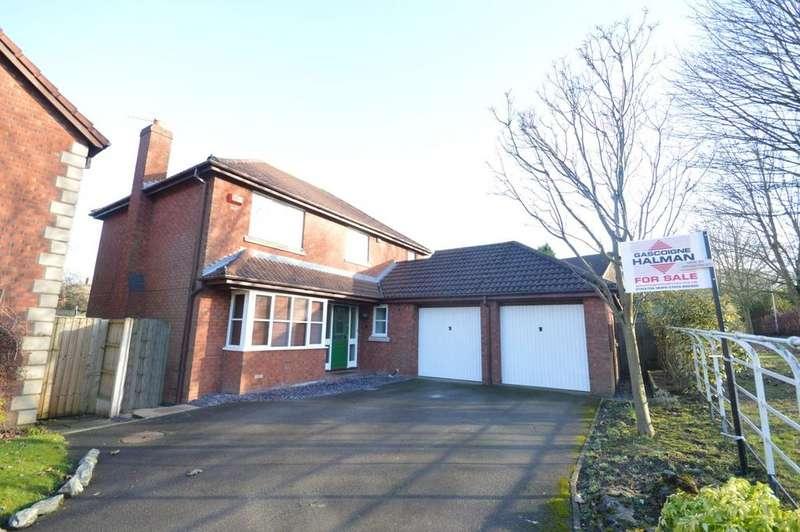 4 Bedrooms Detached House for sale in Kingsbury Close, Appleton, Warrington