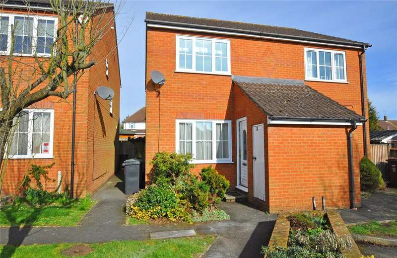 2 Bedrooms Semi Detached House for sale in Woodlea, Chiswell Green, St. Albans, Hertfordshire