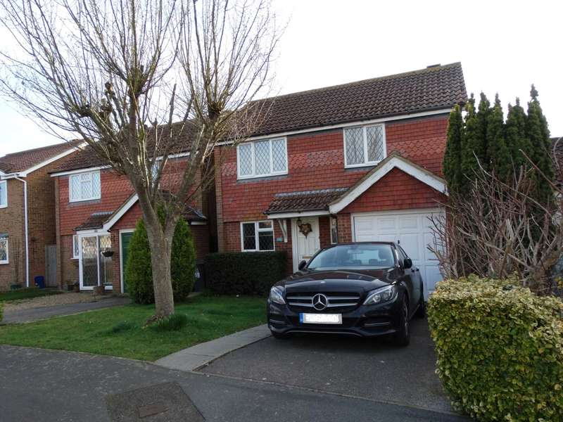 4 Bedrooms Detached House for sale in Heron Ridge, Polegate