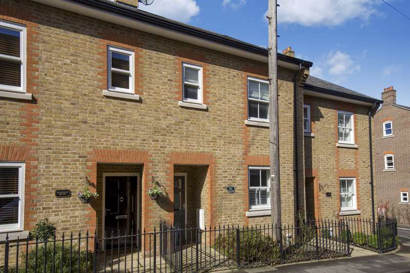4 Bedrooms Terraced House for sale in Manor Street, Berkhamsted
