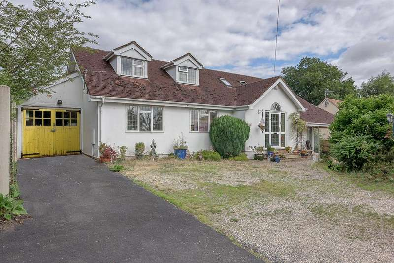 4 Bedrooms Detached Bungalow for sale in Westgate Drive, Bridgnorth, Shropshire